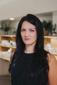 Mara Esmorís, fundadora de lily & WHITE